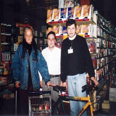 No dia 1º de setembro de 1998 o Super Cesa de Flores da Cunha realizou a entrega do prêmio Filler. Na ocasião, Zanira Pinsenta recebeu uma bicicleta da promoção.